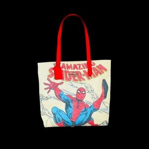 🍀❤️SALE❤️🍀 Coach Marvel Tote With Spider Man